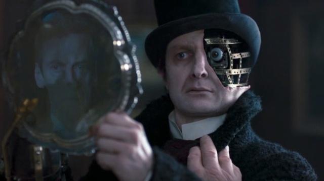 The-Doctor-Peter-Capaldi-and-the-Half-Face-Man-Peter-Ferdinando-in-DEEP-BREATH